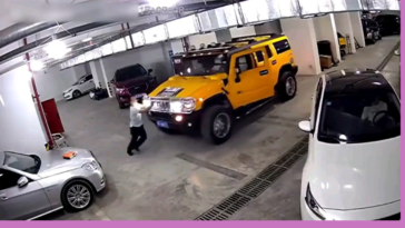 WCGW stopping a Hummer from moving